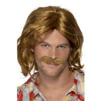 Bild på 1970-tals Super Trouper peruk och mustasch