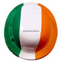 Bild på Bowler hatt i plast med irländska flaggan