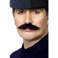 Bild på Londonpolis mustasch